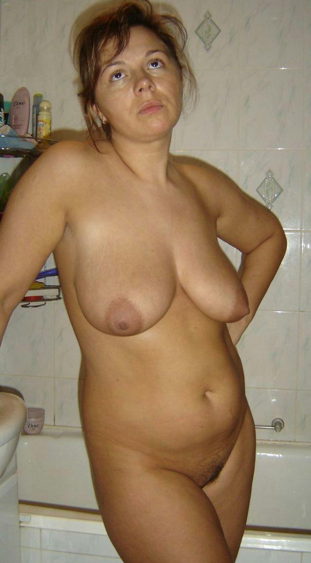 Взрослые дамы голые дома русские, порно кунилингус и эротический массаж
