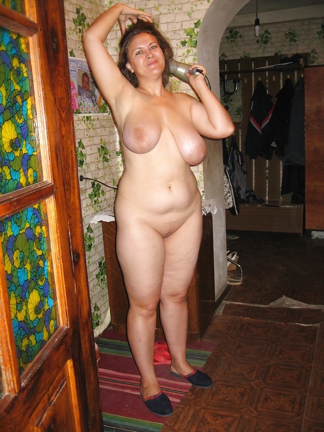 жены пышечки голые шлюха