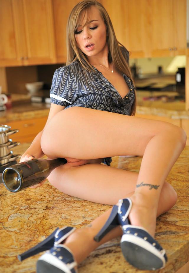 Capri anderson poppin wine bottle, nude kissing liking porn