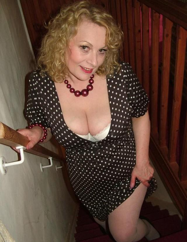 Групповуха русское интимные фото дам бальзаковского возраста как девушка дает