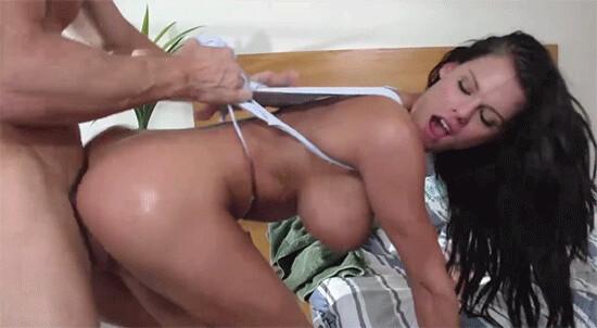Секс с горячими брюнетками красивые девушки